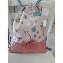 Mochila rosa  unicornio + toalla regalo