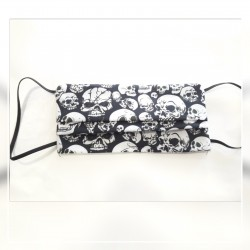 Mascarilla calaveras blancas /reversible en negro