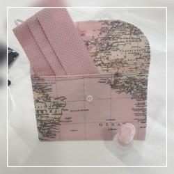PortaMascarilla mapamundi rosa